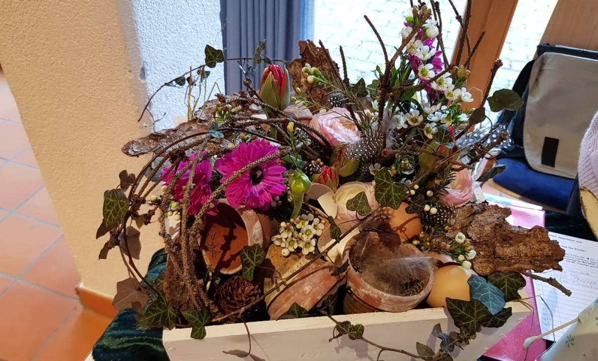 Frühlingskistchen dekorieren